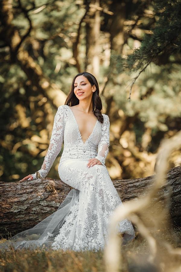 elegant-chic-wedding-rhodes-white-flowers-gold-touches_06