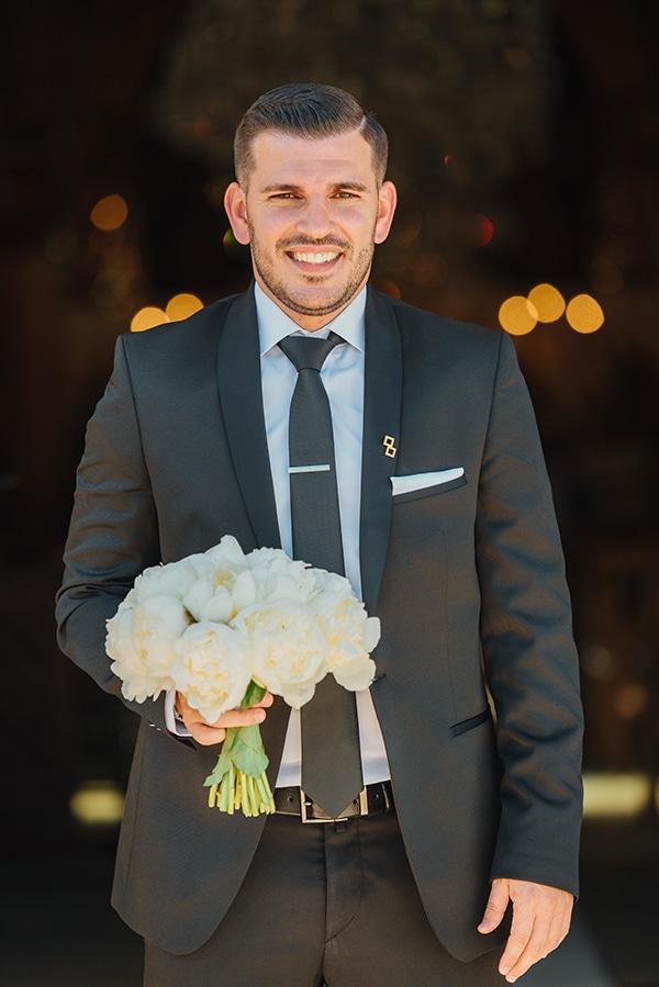 elegant-chic-wedding-rhodes-white-flowers-gold-touches_16