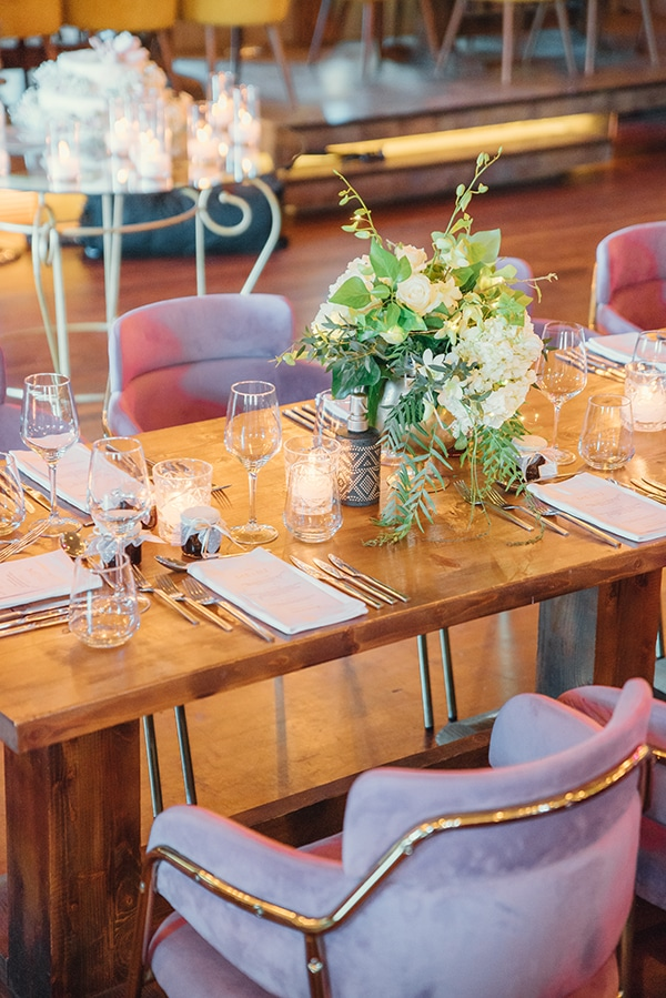 elegant-chic-wedding-rhodes-white-flowers-gold-touches_19z