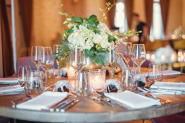 elegant-chic-wedding-rhodes-white-flowers-gold-touches_20