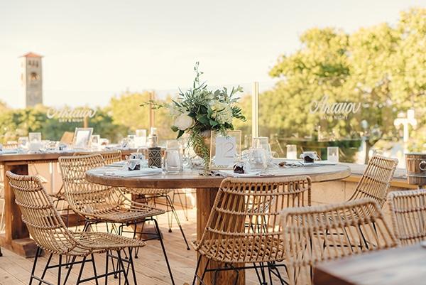 elegant-chic-wedding-rhodes-white-flowers-gold-touches_27