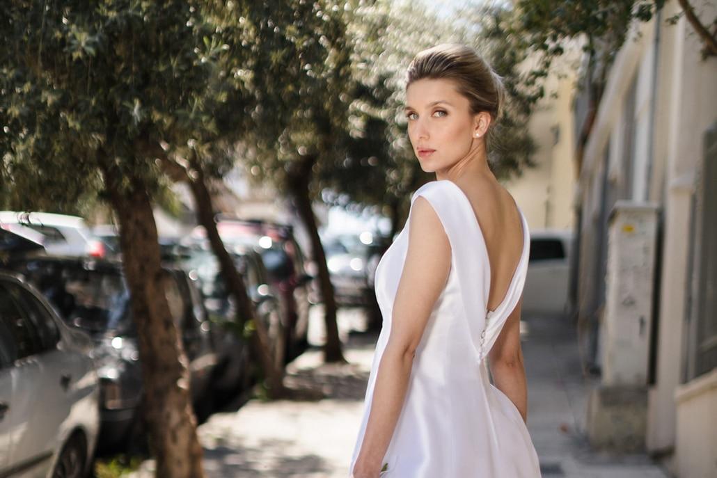 Κομψά νυφικά φορέματα από Elena Soulioti για μια glamorous νυφική εμφάνιση