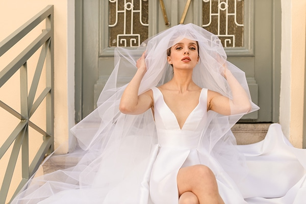 elegant-wedding-dresses-glamorous-bridal-look_03