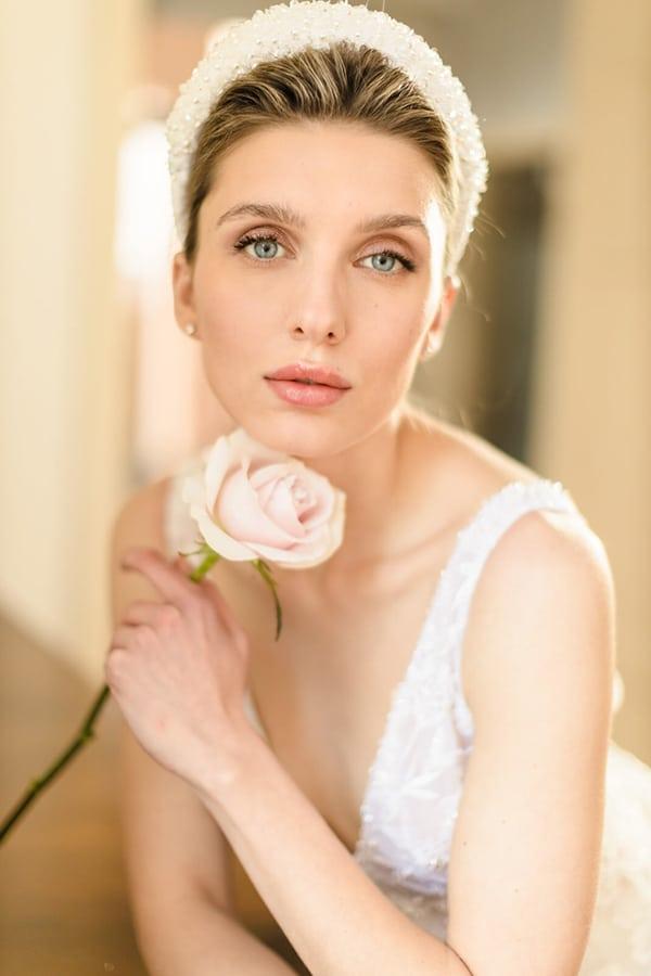 elegant-wedding-dresses-glamorous-bridal-look_10