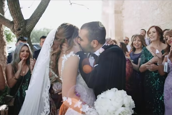 Συγκινητικό βίντεο γάμου με στιγμιότυπα από έναν ρομαντικό ανοιξιάτικο γάμο στην Λεμεσό │Έλενα & Κωνσταντίνος