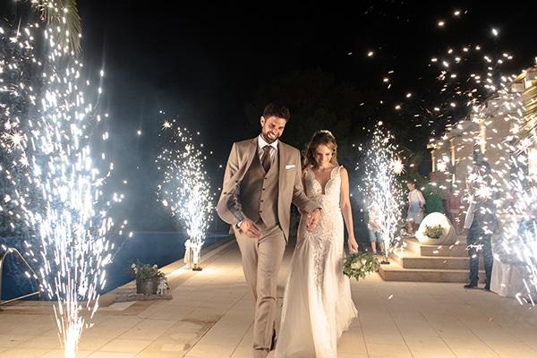 Νησιώτικος καλοκαιρινός γάμος στην Αίγινα με γυψοφίλη │Βασιλική & Μέμος