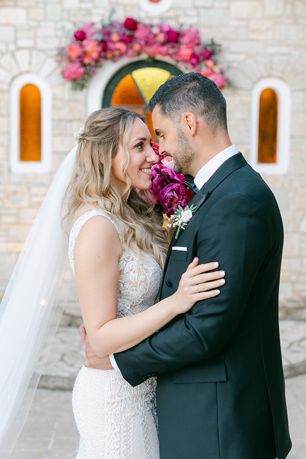 luxurious-summer-wedding-flowers-decoration-fuchsia-purple-tones_01