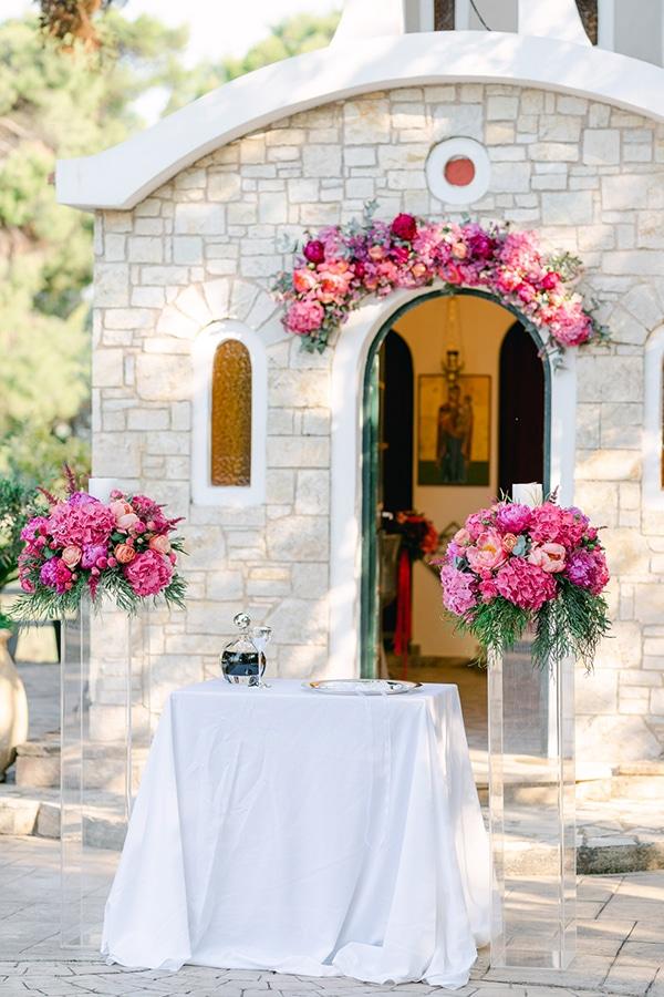 luxurious-summer-wedding-flowers-decoration-fuchsia-purple-tones_13