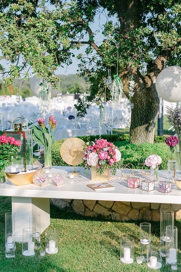luxurious-summer-wedding-flowers-decoration-fuchsia-purple-tones_15