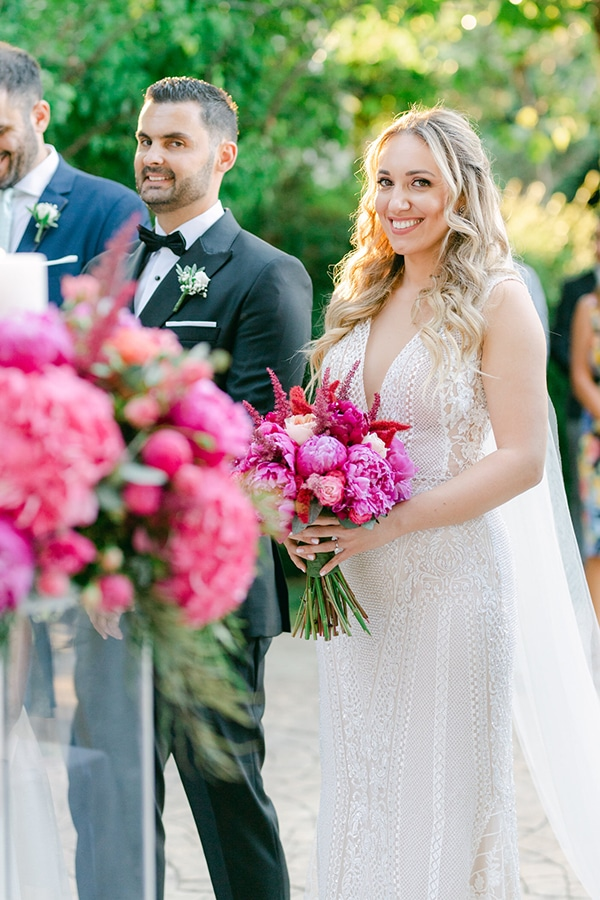 luxurious-summer-wedding-flowers-decoration-fuchsia-purple-tones_21