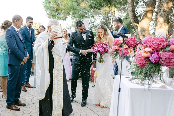 luxurious-summer-wedding-flowers-decoration-fuchsia-purple-tones_23