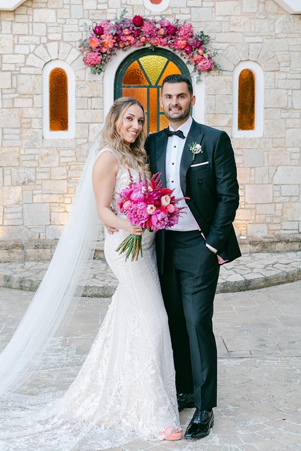 luxurious-summer-wedding-flowers-decoration-fuchsia-purple-tones_27