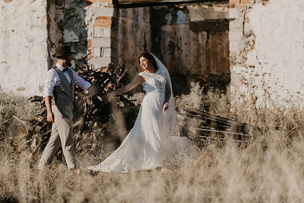romantic-wedding-summer-thessaloniki-warm-hues-pink-blue-red_03z