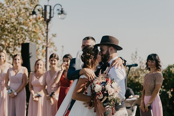 romantic-wedding-summer-thessaloniki-warm-hues-pink-blue-red_16