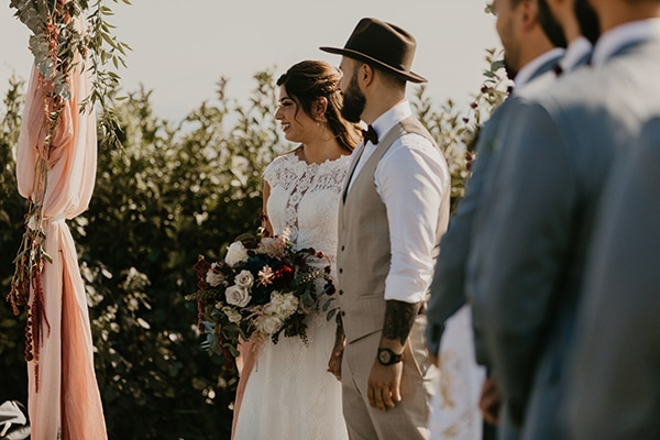 romantic-wedding-summer-thessaloniki-warm-hues-pink-blue-red_19