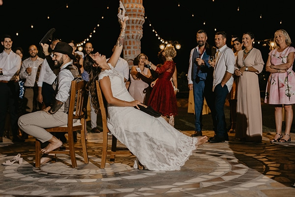 romantic-wedding-summer-thessaloniki-warm-hues-pink-blue-red_27