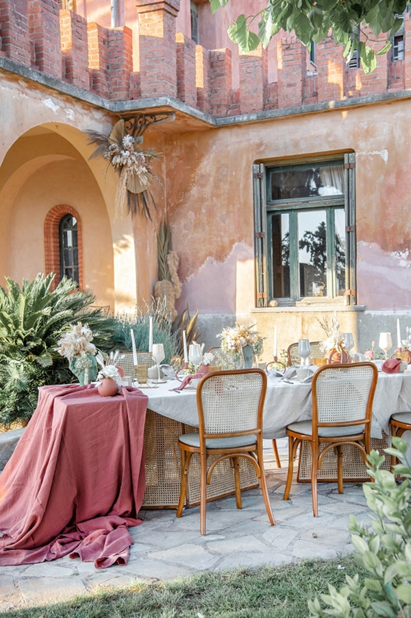 summer-styled-shoot-earthy-tones-inspiration-outdoor-wedding-ideas_02