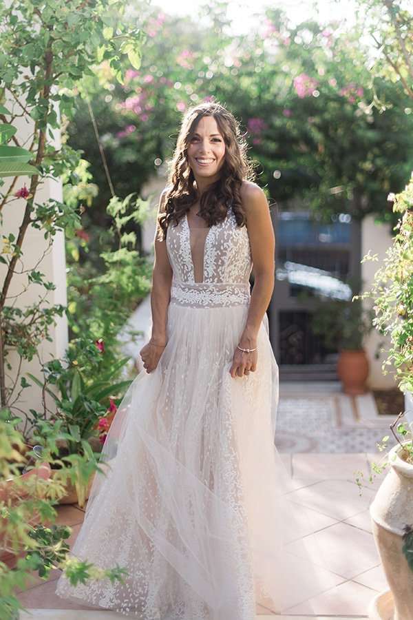 summer-wedding-athens-white-roses-baby-breath_15