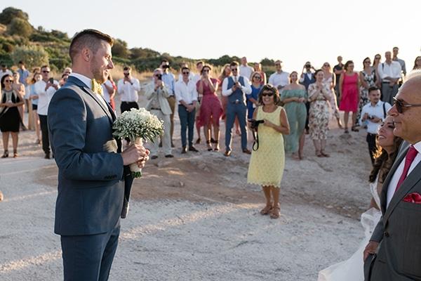 summer-wedding-athens-white-roses-baby-breath_27