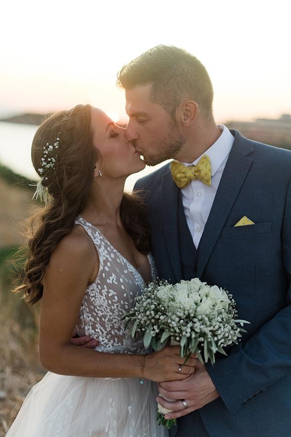 summer-wedding-athens-white-roses-baby-breath_40