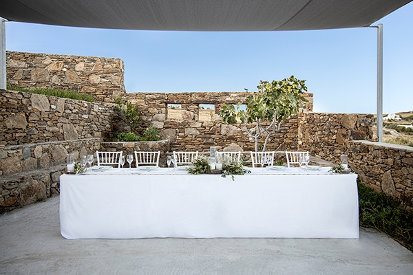 wedding-party-paros-wonderful-summer-venue_02x