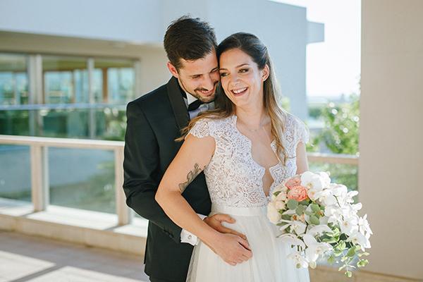 Υπέροχος καλοκαιρινός γάμος στην Αθήνα με ρομαντικές ανθοσυνθέσεις και bohemian touches │ Βάσια & Βασίλης