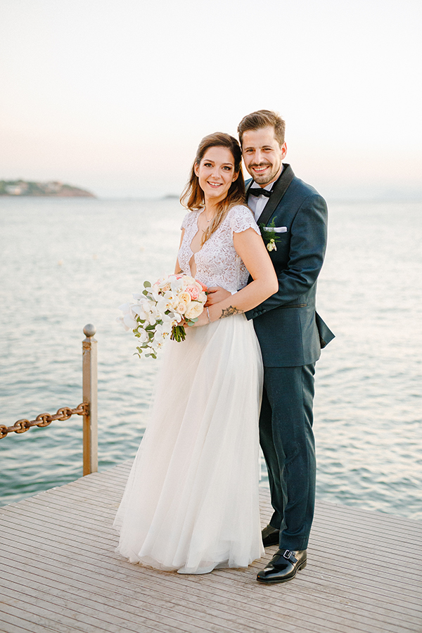 beautiful-summer-wedding-athensi-romantic-flowers-bohemian-touches_01