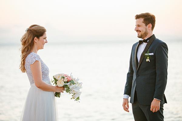 beautiful-summer-wedding-athensi-romantic-flowers-bohemian-touches_02
