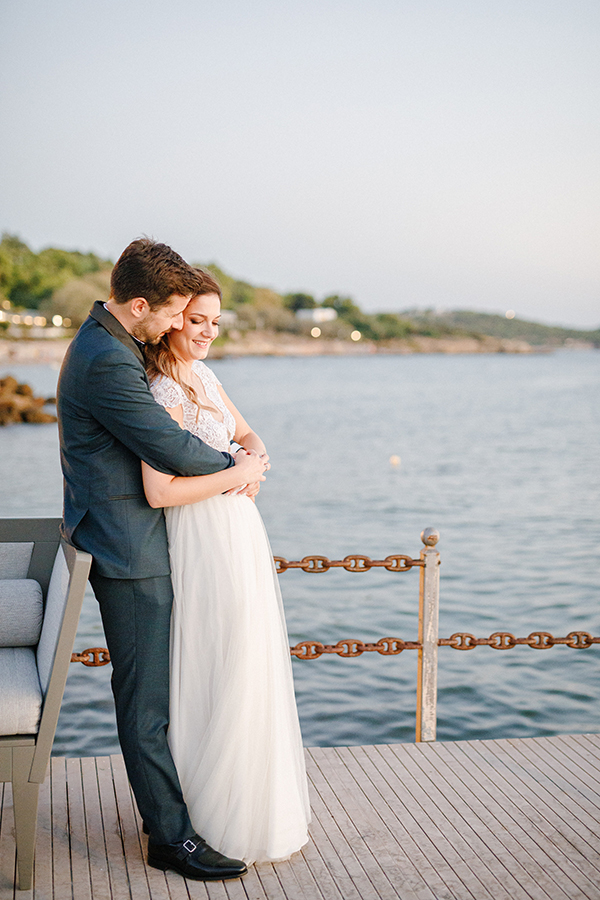 beautiful-summer-wedding-athensi-romantic-flowers-bohemian-touches_03