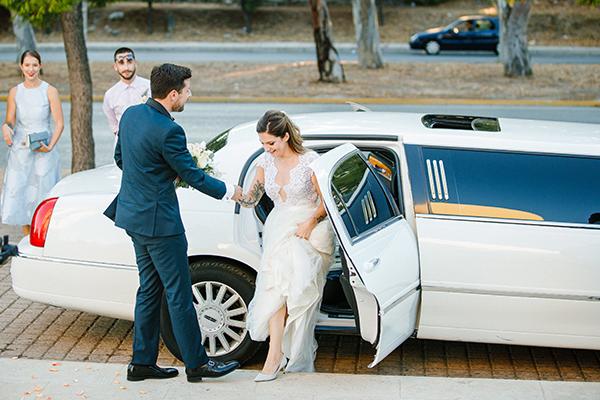 beautiful-summer-wedding-athensi-romantic-flowers-bohemian-touches_21