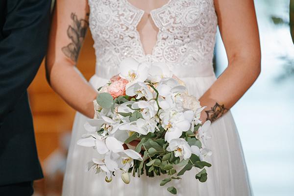 beautiful-summer-wedding-athensi-romantic-flowers-bohemian-touches_24x