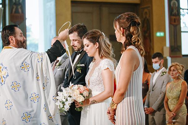 beautiful-summer-wedding-athensi-romantic-flowers-bohemian-touches_25