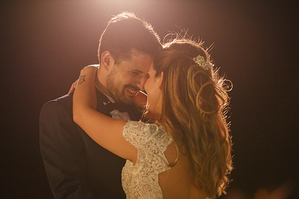 beautiful-summer-wedding-athensi-romantic-flowers-bohemian-touches_27