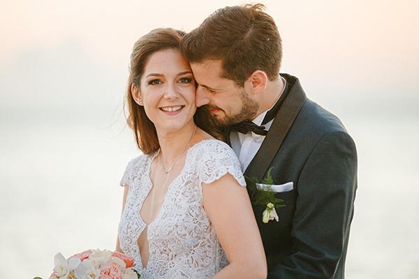 beautiful-summer-wedding-athensi-romantic-flowers-bohemian-touches_30x
