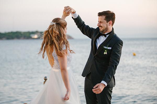 beautiful-summer-wedding-athensi-romantic-flowers-bohemian-touches_31
