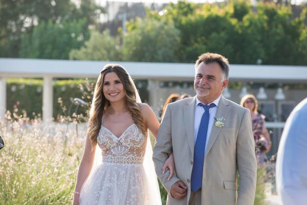 enchanting-summer-wedding-anavyssos-romantic-roses-peonies_11