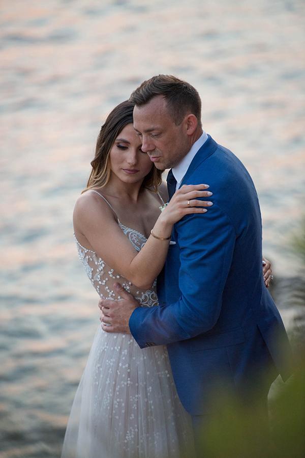 enchanting-summer-wedding-anavyssos-romantic-roses-peonies_23x