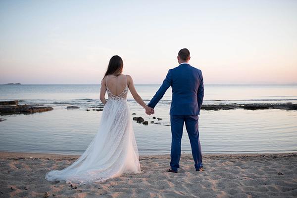 enchanting-summer-wedding-anavyssos-romantic-roses-peonies_25