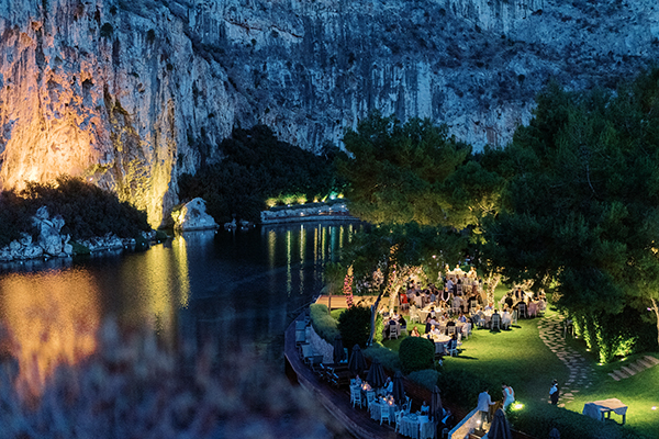 glamorous-boho-wedding-lake-vouliagmeni-romantic-details_33