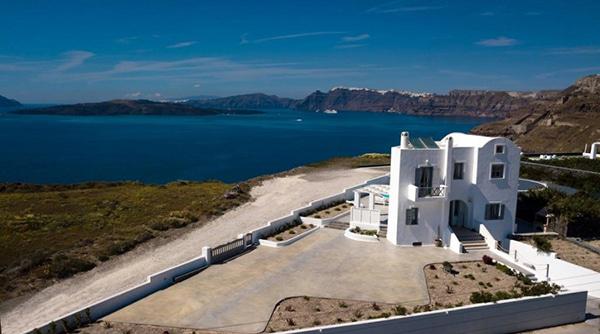 honeymoon-wedding-venue-unforgettable-experience-dreamy-santorini-island_04