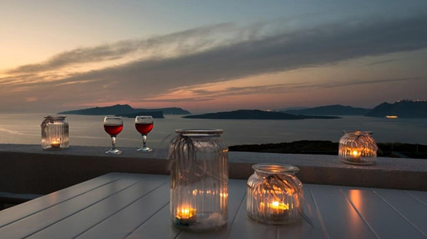 honeymoon-wedding-venue-unforgettable-experience-dreamy-santorini-island_11x