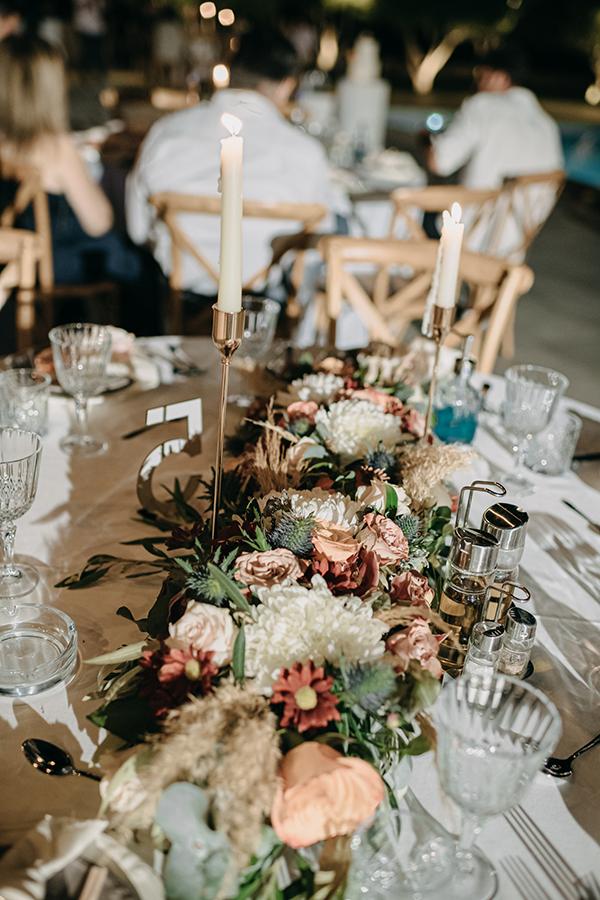 rustic-summer-wedding-corinthous-roses-dahlia-pampas-grass_26x