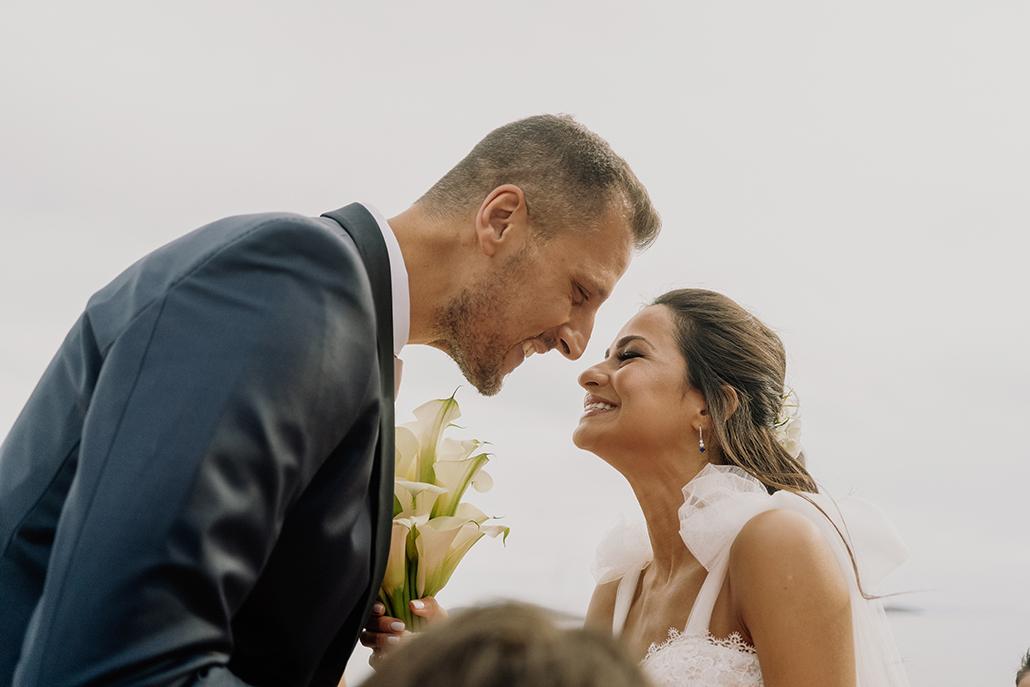 Nησιώτικος καλοκαιρινός γάμος στην Άνδρο με λευκές κάλλες και χρυσάνθεμα │ Χριστίνα & Γιάννης