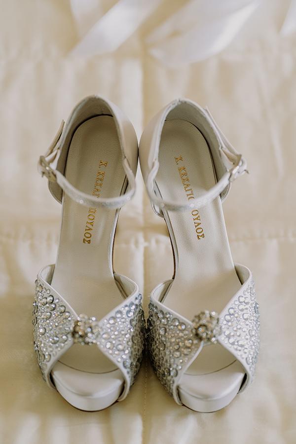 summer-greek-island-wedding-andros-whites-kallas-chrysanthemum_03x