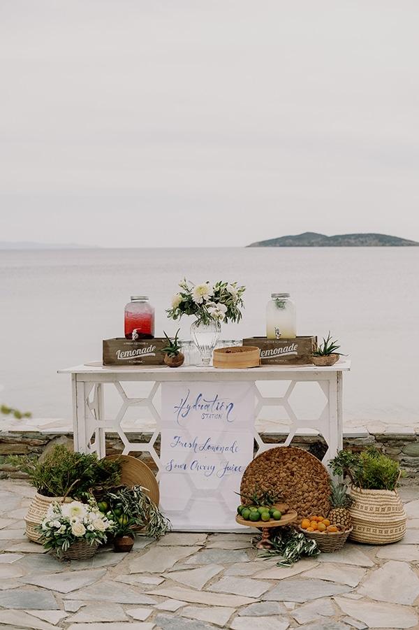 Ρουστίκ lemonade stand για μια δροσιστική νότα στο γάμο σας