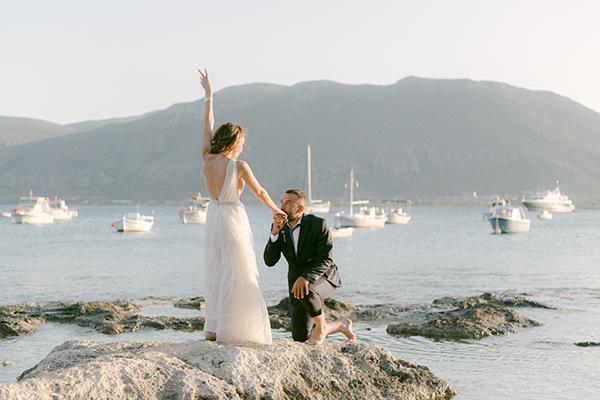 Καλοκαιρινός γάμος στην Μονεμβασιά με αμάραντο και μποέμ λεπτομέρειες │ Iωάννα & Θανάσης