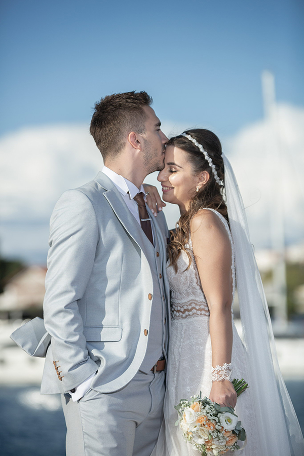 beautiful-romantic-wedding-ampelones-markou_01x