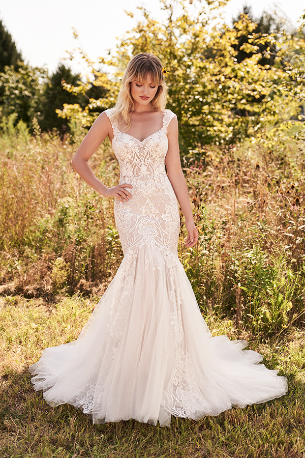 bridal-collection-lillian-west-will-impress-you_11