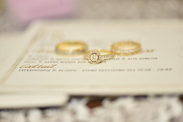 elegant-summer-wedding-nicosia-lush-flower-arrangements-romantic-touches_05