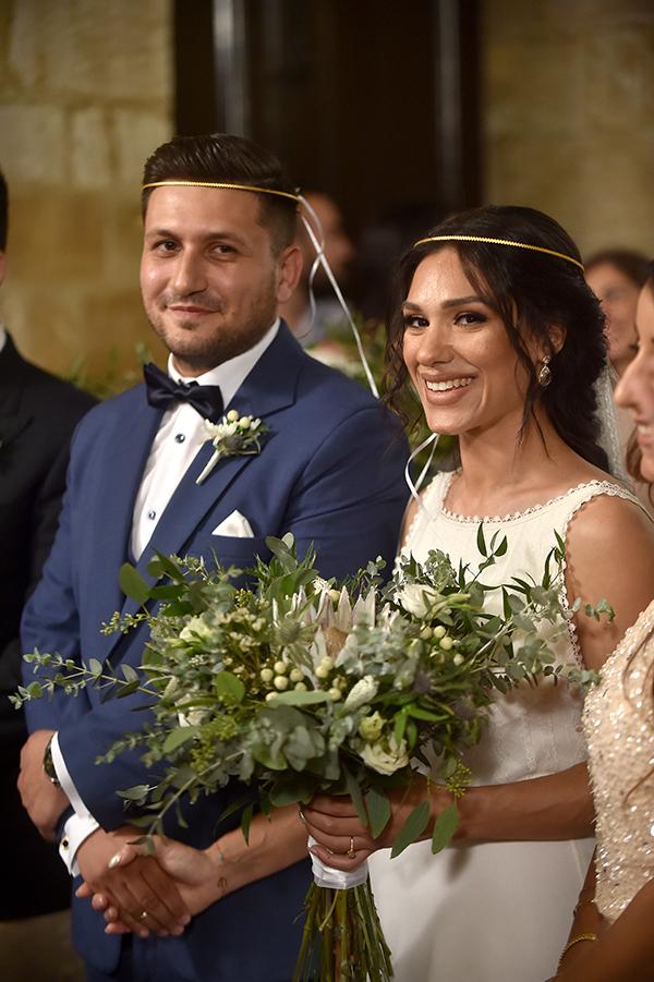 elegant-summer-wedding-nicosia-lush-flower-arrangements-romantic-touches_08